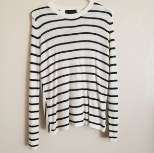 Long sleeve Black and white striped sweater